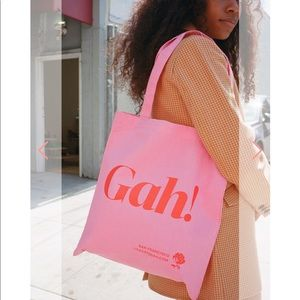 Lisa Says Gah! Tote Brand New